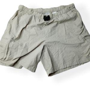 Columbia women size large lightweight shorts
